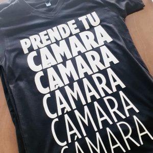 Prende tu cámara – camiseta